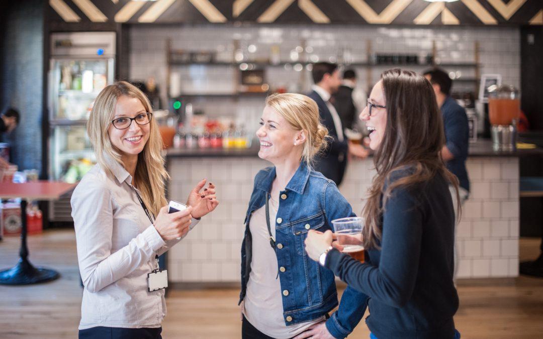 """Світове бізнес-кафе """"Жіноче підприємництво: вихід на зовнішні ринки"""""""