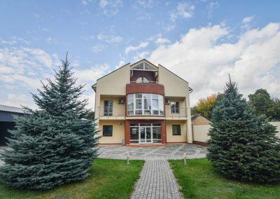 Офіс та салон-магазин компанії Wintera по вул. Конякіна, 16а